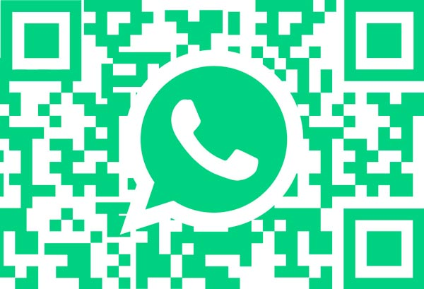 WhatsApp Messenger Instagram chat