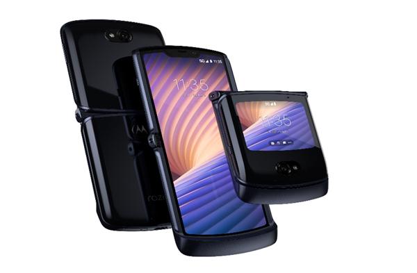 Motorola presenta il nuovo Razr 5G, resiste fino a 200.000 piegature