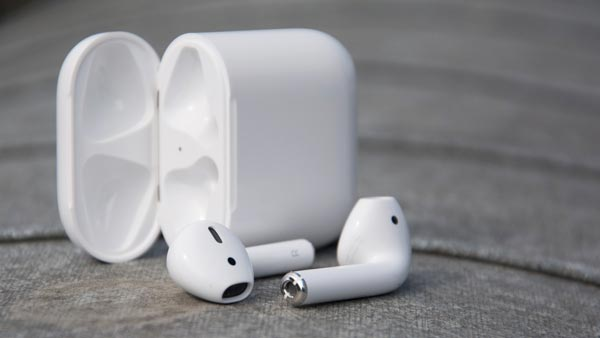Apple AirPods 2019