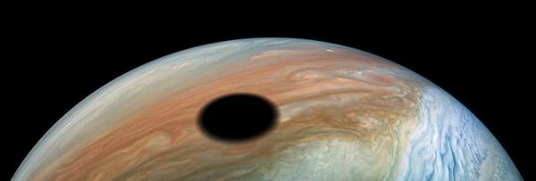 NASA Juno Giove eclissi