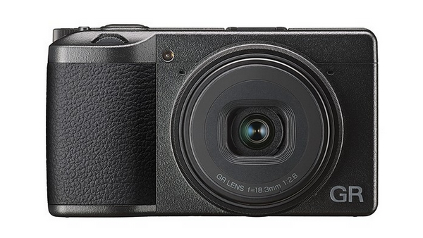 Ricoh mirrorless