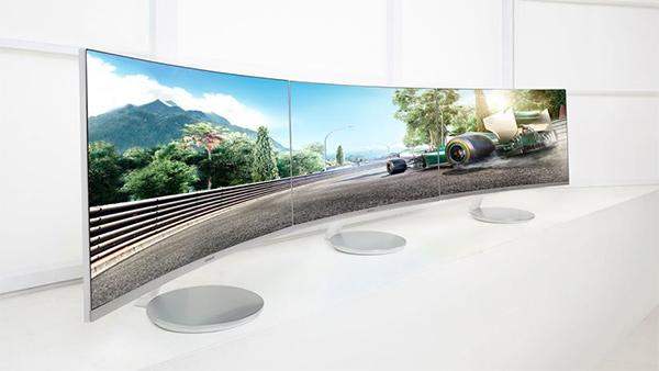 Samsung, monitor curvi con FreeSync